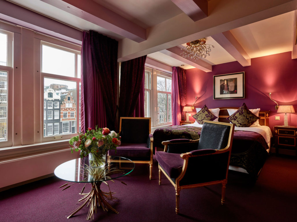 Superior Deluxe hotel room with a stunning view on Herengracht